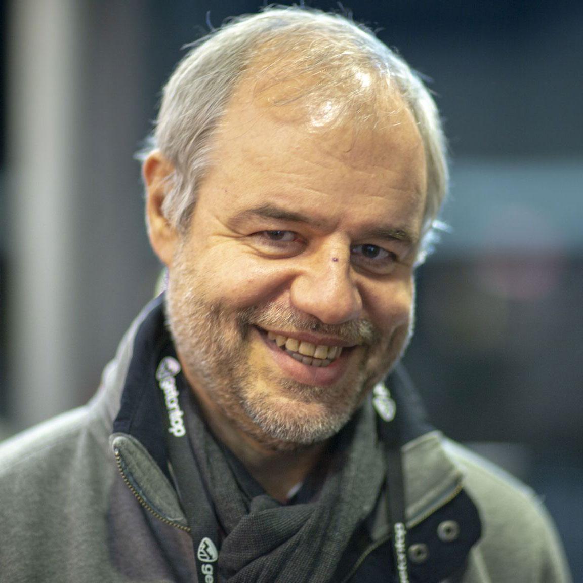 Prof. Mario Fischer